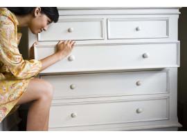 Полезные рекомендации: как справиться с запахом от мебели
